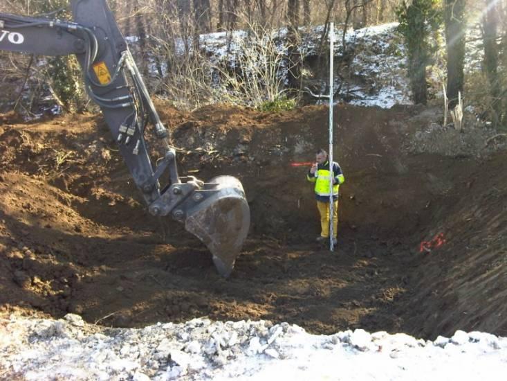 Terrassement d 39 un bassin de r tention pr s d 39 aix en provence service de goudronnage et enrob - Terrassement bassin de retention ...